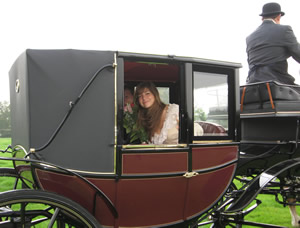 Hire a carriage for your wedding